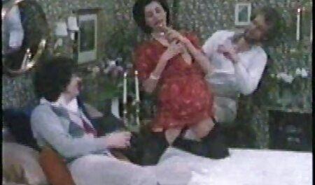 مردان تقدیر بلوند و فیلم سکسی زن چاق خروس می دهند.