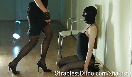 استریپر با مربی در آپارتمان مقعد سکس چاق ویدیو می کند
