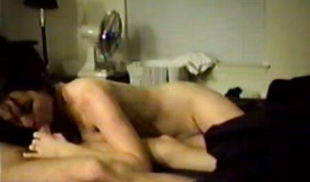 دو خانم با جوانان بزرگ در حمام ، یک خروس hahala می خوردند تصاویرسکسی چاق