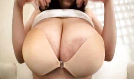 الاغ الاستیک دختر عضو قدرتمندی را می کلیپ سکس زن چاق خورد