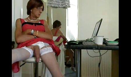 بلوند کلیپ سکس با زن چاق عینک در طول رابطه جنسی مقعد لعنتی است.