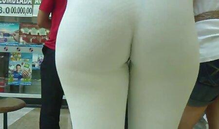 با سوراخ کردن روی فیلم گاییدن زنان چاق کلیتوریس.