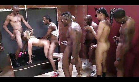دوست پسر فلم سکس کوس چاق سوراخ مقعد خانم چربی در لباس زیر بنفش در وب کم