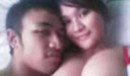 زن بالغ در پاشنه پا تنه بزرگی از یک مرد سیاه پوست قبل از رابطه جنسی را مکید تصاویرسکسی چاق