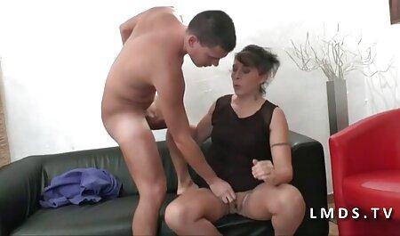 رئیس در یک جوراب در دفتر به وزیر منزل دانلود فیلم سکسی زن چاق می رود