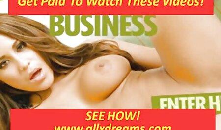 مردی قوی دو زیبایی را سرخ فیلم پورن زنان چاق کرد.