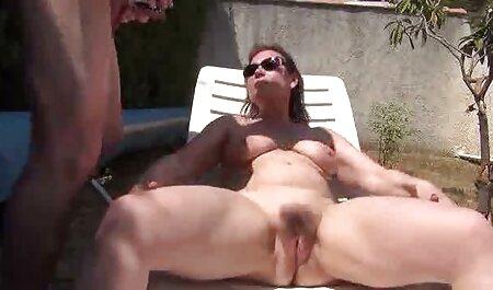 عیار 18 ساله در دانلود فیلم سکسی زنهای چاق یک کابوس شبانه ، یک مرد متاهل را در نزدیکی همسر خواب خود مکیده و به بیدمشک می دهد