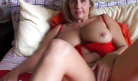 هاهال دانلود فیلم سکسی زنهای چاق از محل کار به خانه می آید و یک دختر زیبا رومانیایی به نام مادالینا پالکائو در خانه دارد