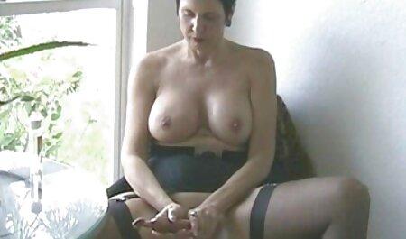 اسپانیایی در عکس سیاه و سفید با دانلود فیلم سوپر زن چاق سکس با یک دوست جوان عکاسی کرد