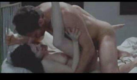 زنان فلم سکس عربی چاق اوکراینی با یک فرد خارجی لعنتی می کنند.