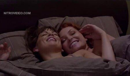 تقدیر روی صورت فلم سکس زن چاق قرمز.