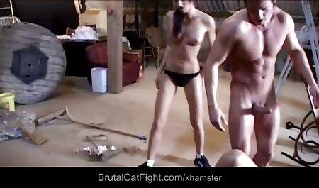 لوسی وایلد با آلت تناسلی مرد خودارضایی می کند. فیلم سکسی زنهای چاق