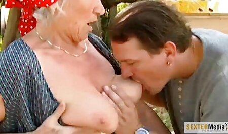 آلت بزرگ آلت تناسلی پسر به راحتی در کلاه یک نطفه فیلم سکس زنای چاق مرطوب و مرطوب در شورت بژ نفوذ می کند
