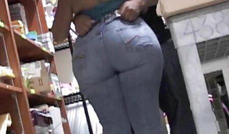 زن جوان انگشت یک کلاه خانم بالغ را با ویبراتور فیلم سکس با چاق انگشت می زند و از ماشین پولشویی می تواند از پولش لذت ببرد