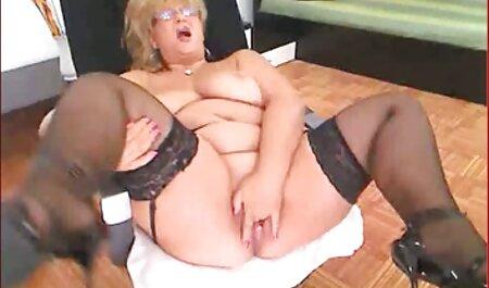 می تواند بر فیلم سکسی زنهای چاق روی مکیدن باشد.