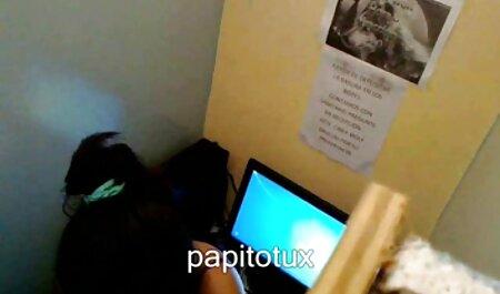جوجه گربه را با ویبراتور خودارضایی می کند و کیرمو را قرمز فیلم های سکسی زنان چاق جلوی الاغ خود جلوی دوربین می کشد