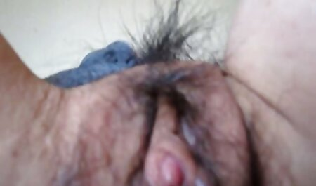بانوی جوان با یک مرد فلم سیکس چاق در محل کار مقعد می کند