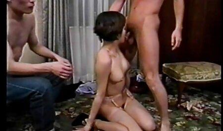 دختر سفید که توسط یک فیلم سکسی عرب چاق پیرمرد سیاه لعنتی.