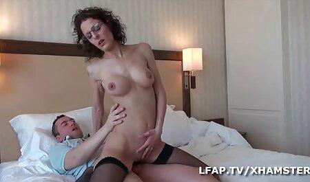 رابطه فیلمهای سکسی زنان چاق جنسی با زن با سوراخ کردن و جوراب ساق بلند.