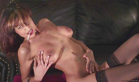لنا پاول با دیلدو و گربه مودار بازی می سکس چاق ویدیو کند.