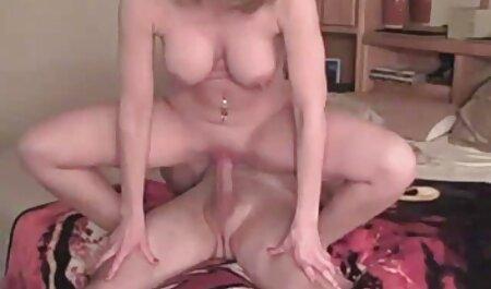 جوجه نتوانست شوهرش را متقاعد فیلمسکسی زنان چاق کند که رابطه جنسی مقعد داشته باشد و یک خروس لاستیکی را الاغ خود قرار دهد