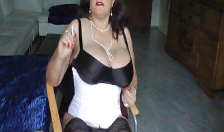 دختر فیلم سکس با زن چاق بیدمشک